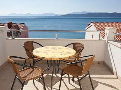 Photo for Apartment Ruzica  A3 - zuti(3+2)  - Igrane, Riviera Makarska, Croatia