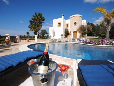 Photo for Beautiful Villa only 500 meters from Cala Bassa Beach