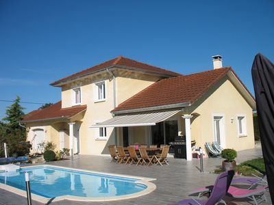 Photo for Superb Villa with heated pool