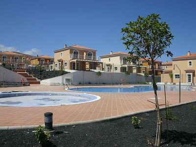 Photo for Villa 3 Bedrooms, 2 Bathrooms, Shared Pool, Lounge Diningdining Room Kitchen