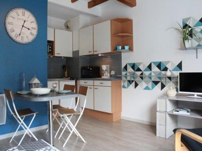 Photo for Apartment La Rochelle, 1 room, 4 persons