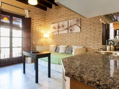 Photo for Moravia apartment in Casco Antiguo with WiFi, air conditioning, balcony & lift.