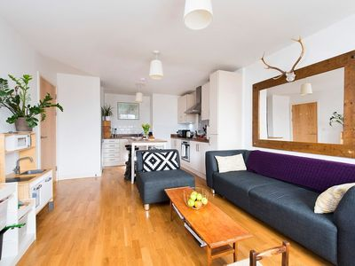 Photo for Gorgeous 2BR Apartment in Islington
