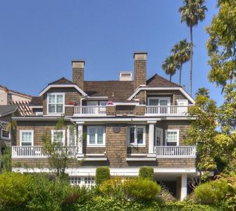 Photo for Bayside Bungalow - enjoy Corona del Mar Village and a short walk to the beach!