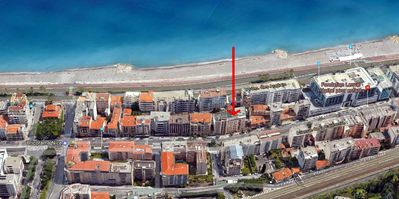 Photo for STUDIO 2 MINUTES FROM THE BEACHES OF THE PROMENADE DES ANGLAIS