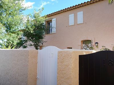 Photo for Vacation home Bonporteau in Cavalaire - 4 persons, 2 bedrooms