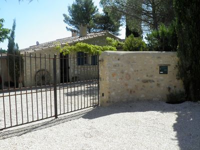"""Photo for EYGALIERES """"Loupelette"""" house in the heart of the alpilles"""