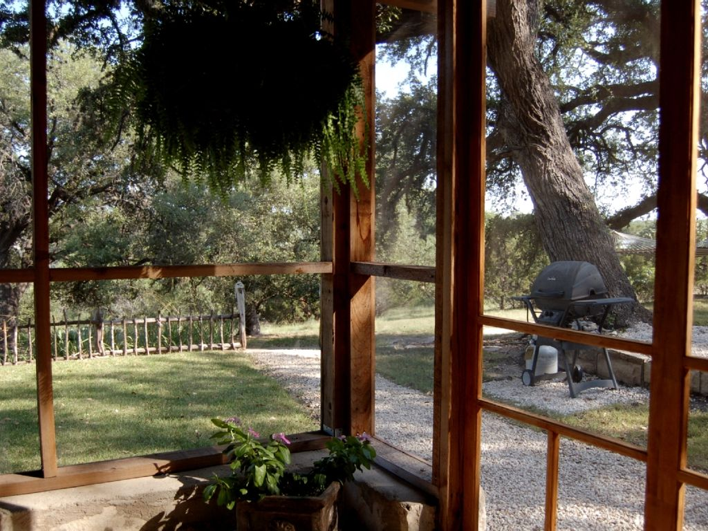 secluded cabin on lake travis pet friendly lago vista