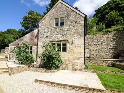 Photo for Luxurious One Bed Hideaway In The Cotswolds