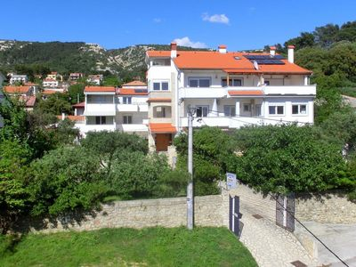 Photo for Apartment in Rab (Rab), capacity 4+0