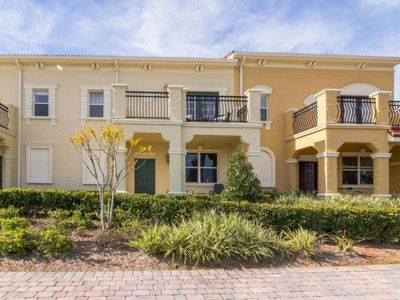 Photo for 4 bed 3.5 bath - let us make your vacation magical!