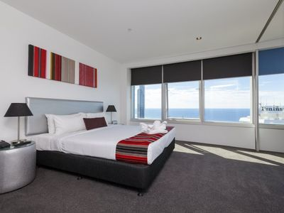 Photo for Iconic Q1 Resort & Spa Three Bedroom Apartment with Expansive Ocean Views