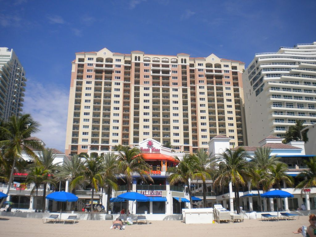 Marriott Beach Place Towers Studio Available September