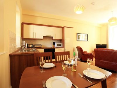 Photo for A 2 bed apartment that sleeps 4 guests  in 2 bedrooms