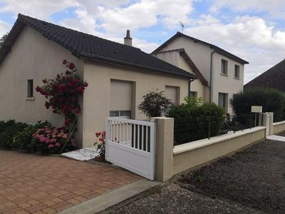 Photo for Villa Lésigny - Vienne, 4 bedrooms, 7 persons