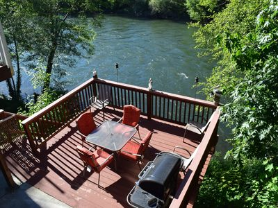 Photo for Riverfront Paradise on the Rogue River