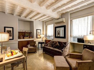 Photo for Elegant and comfortable suite in the heart of  historic center, on the beautiful Via Giulia.