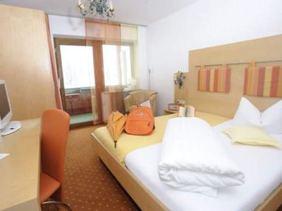 "Photo for Double room ""Klein & Fein"" with balcony - Alpenhotel Küren"