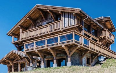 Photo for Chalet Du Rond Faing *****. May 8 to 12 4 nights at 330 € / Night