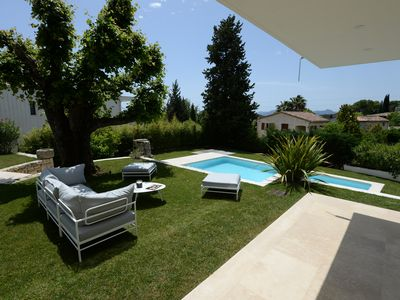 Photo for A superb contemporary villa developing 220 M2 habitable !