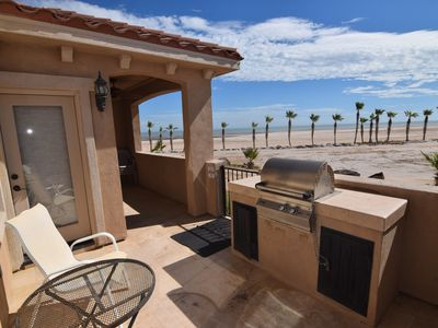 Photo for Beachfront Rental Sleeps 4 Guests!