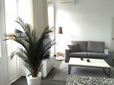Photo for Charming 1 BR Apartment in Málaga Historical Center, WIFI and balconies (4p)