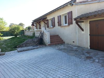 Photo for Detached house on 1000m² of land with swimming pool 4 x 8 m