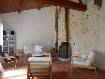 Photo for Beautiful Charentaise property in the countryside near the ocean