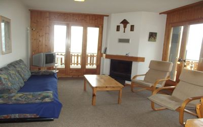 Photo for 2* - 2-bedroom-apartment for 6-8 people located at about 800m from the lift in a calm and sunny envi