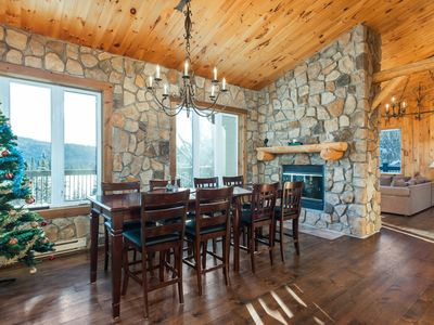 Photo for Enjoy Luxury! 6bdr waterfront cottage in Laurentides, Mont Tremblant.