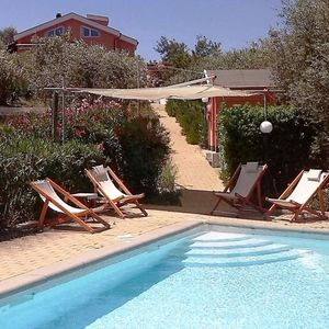 Photo for casadellameridiana: villa with pool, air conditioned in a peaceful old olive gro