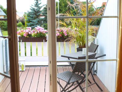 Photo for Apartment-quiet, but close to Leipzig-in the green-to relax-roof terrace-whirlpool-