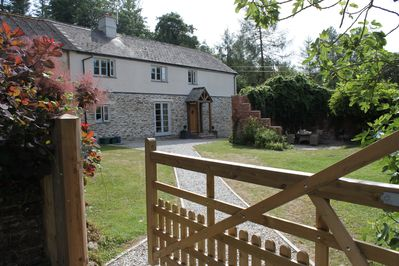 Poppy's Cottage. Enclosed garden and 10 further acres to explore of gardens
