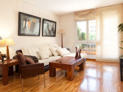 Photo for Tastefully decorated and well-equipped apartment, close to the Sagrada Familia