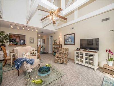 Photo for Close to everything that Palmetto Dunes has to offer!