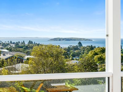 Photo for Panoramic Views Over the Bay