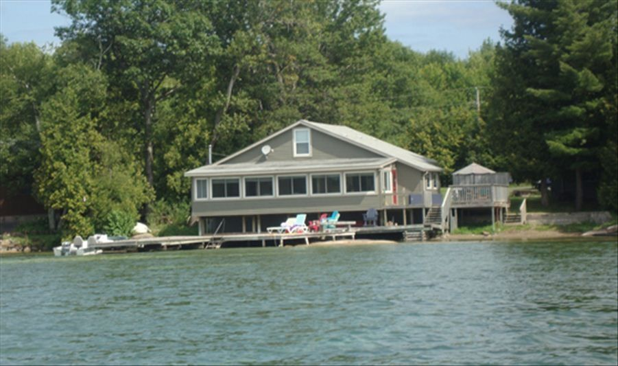 family cottage escape on lake couchiching washago rh vrbo com