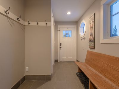 Photo for Powder Peak - Upper - Newly Renovated 4 Bedroom House On The Knoll