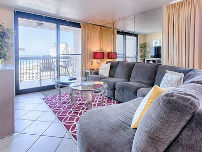 Photo for Beautiful 2 bedroom Gulf Front condo on the beach w/views