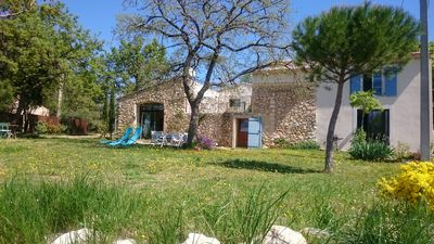 Photo for farmhouse of 200 m2 for 6/7 people at the foot of Mont Ventoux, 40 m from Avignon