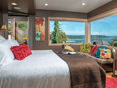 Cottage with Puget Sound, Mount Rainier, & Olympic Views