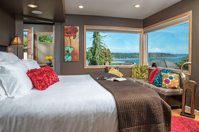The cottage with Mount Rainier and Puget Sound View