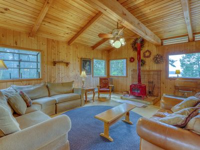 Photo for Beautiful views, wood stove, private deck!