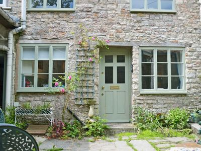 Photo for 2 bedroom property in Wells. Pet friendly.