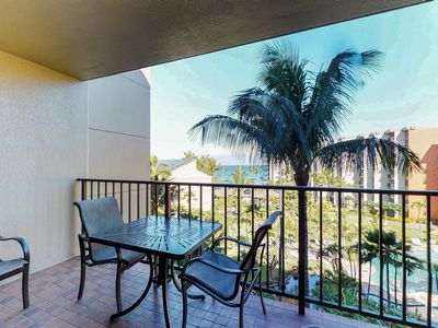 Photo for Kaanapali Shores condo w/ easy beach access, resort pools, hot tubs!