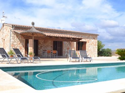 Photo for Air-Conditioned Country House with Pool, Garden, Wi-Fi and Terrace; Parking Available