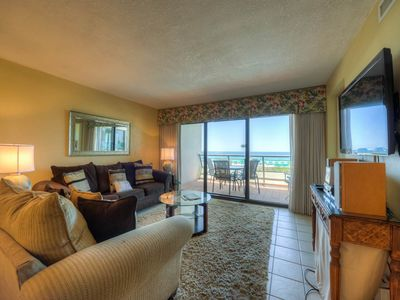 Photo for Pretty Condo with Gulf View! Wet Bar, Community Pool, Sauna, & Fitness Center!