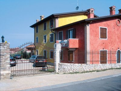 Photo for Apartment Casa Gialla (LAZ170) in Lazise - 6 persons, 2 bedrooms