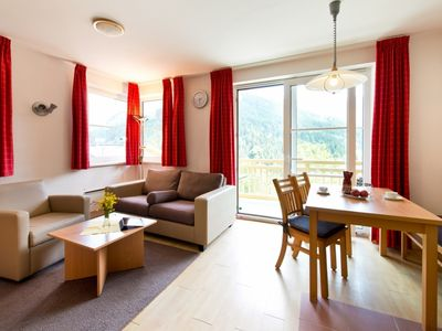 Photo for 4-person apartment in the holiday park Landal Rehrenberg - in the mountains/rolling countryside