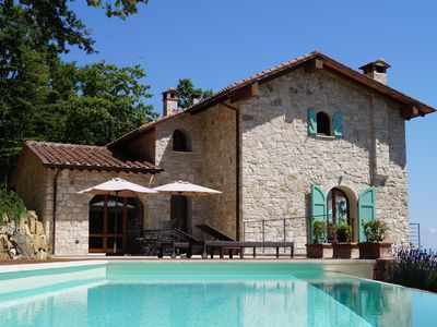 Photo for Panorama and infinity pool in the Siena Province, south of Montepulciano